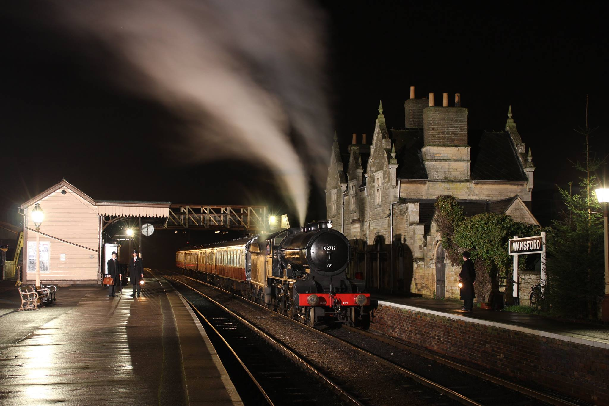 (Andrew Fowler) 62712 Wansford Station on the Nene Valley Railway.