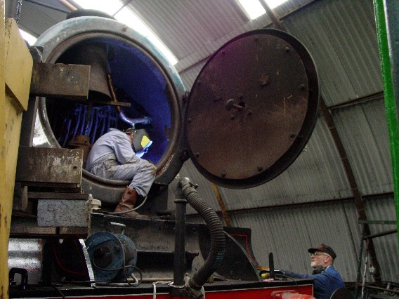 Ken_welding_inside_smokebox